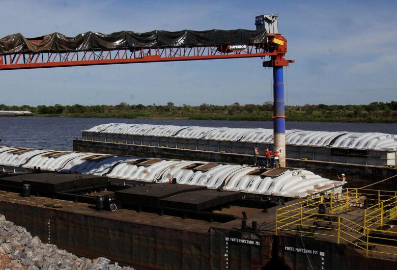 Com dois portos operando, Murtinho deve exportar 20% da safra de soja de MS em 2021
