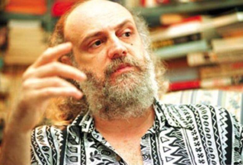Aldir Blanc, compositor e escritor, morre no Rio com Covid-19