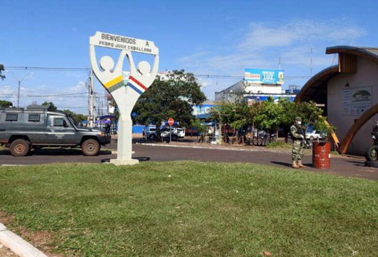 Paraguai autoriza retomada gradual do comércio na fronteira