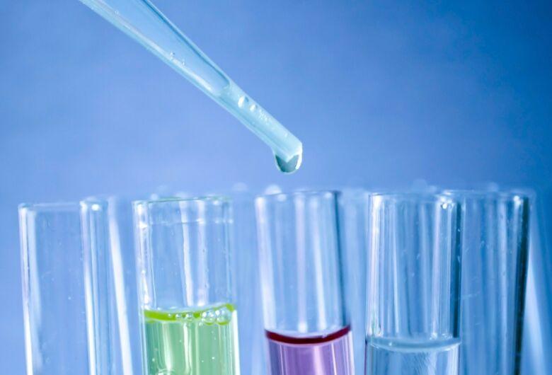Anvisa publica normas para laboratórios analíticos