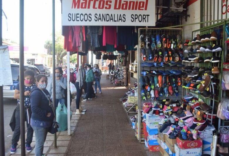 Com lojas abertas em Pedro Juan, Exército reforça bloqueio na fronteira