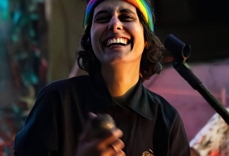Dia do Orgulho LGBTQI+ terá Sarau Online para celebrar a data em grande estilo