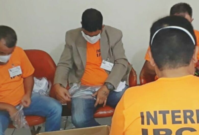 Servidores e detentos recebem 64 mil máscaras do programa Todos pela Saúde