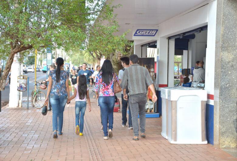 Enquanto lidera contágio em MS, Dourados tem apenas 40% da população isolada