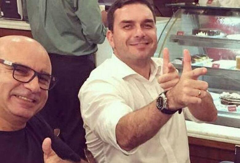 Fabrício Queiroz, ex-assessor de F. Bolsonaro, é preso no interior de São Paulo