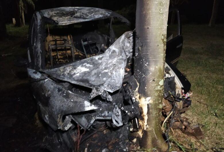 Ciclista morre e motorista de carro fica em estado grave após acidente em Dourados