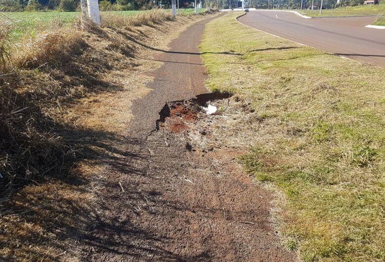 Ciclistas reclamam de más condições de ciclovia na Guaicurus