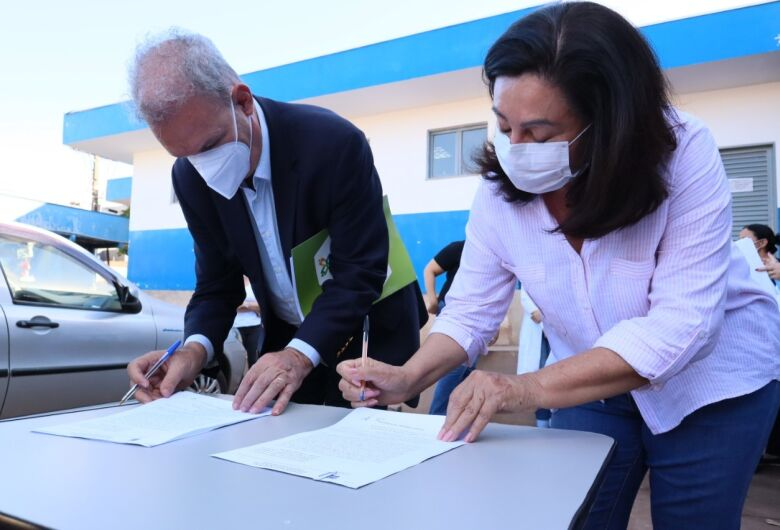 Délia dá 'tiro certeiro' em troca de comando da Saúde de Dourados