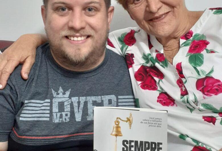 """""""Sempre Forte"""" revela segredos em família e inspira amor"""