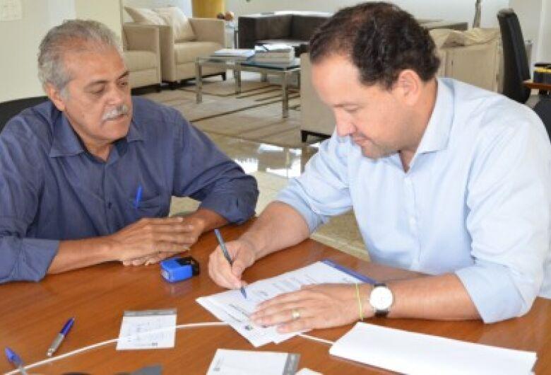 Cido Medeiros quer suspensão de pagamento e corte de água por mais 90 dias
