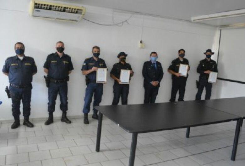 Olavo Sul presta homenagem a guardas municipais de Dourados