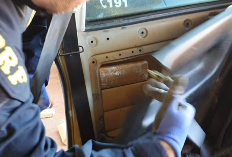Polícia apreende 103 kg de maconha na fronteira