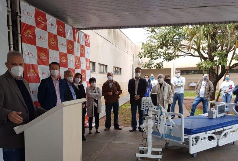 Dourados recebe mais 60 leitos clínicos em doação da JBS para combate à Covid-19