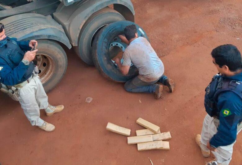 PRF apreende 278,6 Kg de maconha em pneus de caminhão em Sidrolândia