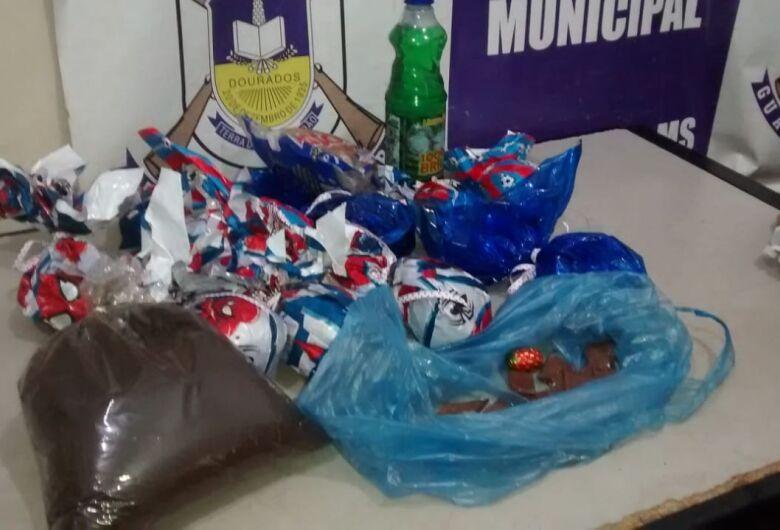 GM prende homem com materiais furtados de escola