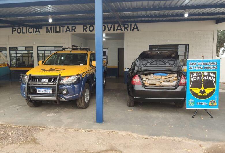 Polícia apreende maconha e munições com traficante que retornava da fronteira
