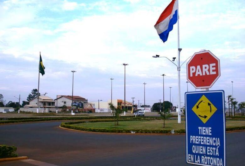 Brasil e Paraguai assinam acordo para reativar comércio de fronteira