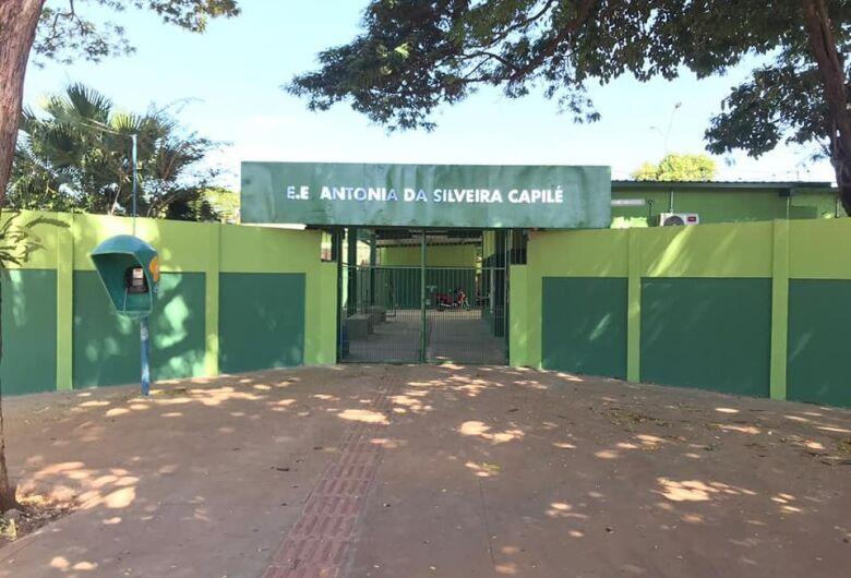 Escola Capilé promove interação online entre alunos com declamação de poesias
