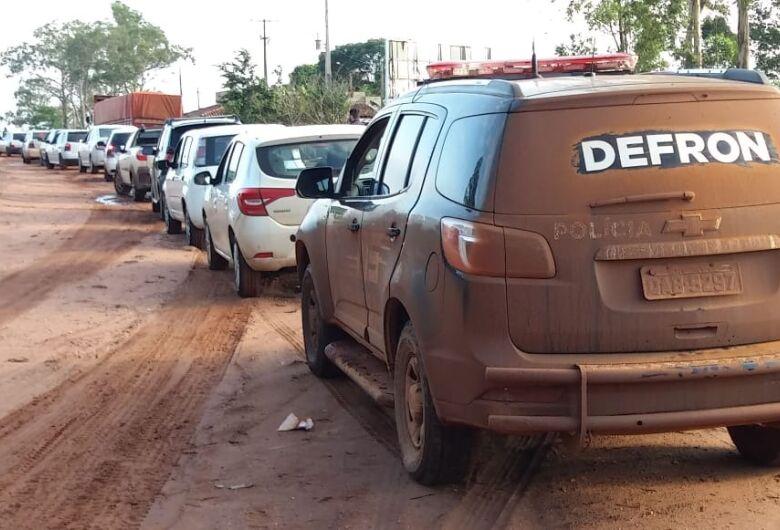 17 carros com mercadorias do Paraguai são apreendidos pela polícia
