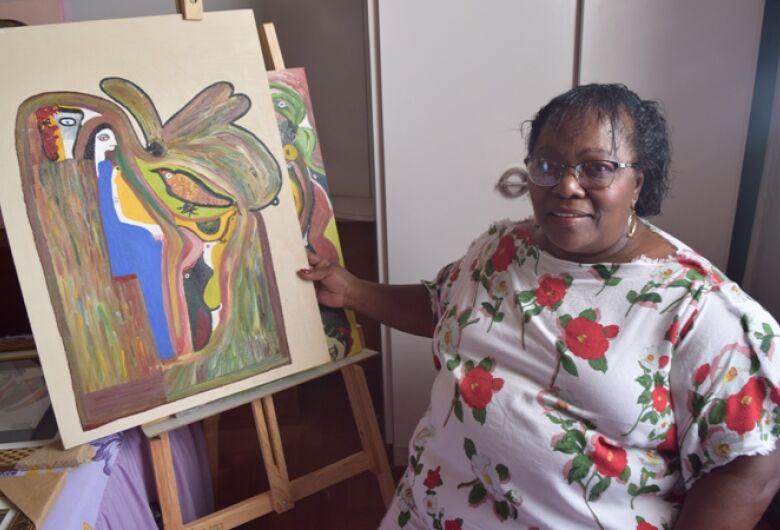 Aurinda se encontrou na arte e saiu da depressão