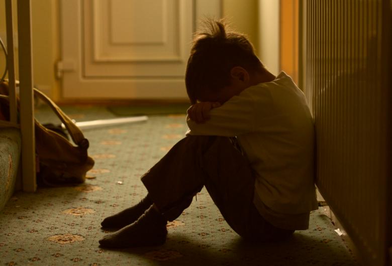 Pais envolvidos em maus-tratos têm direito de visitas cassado