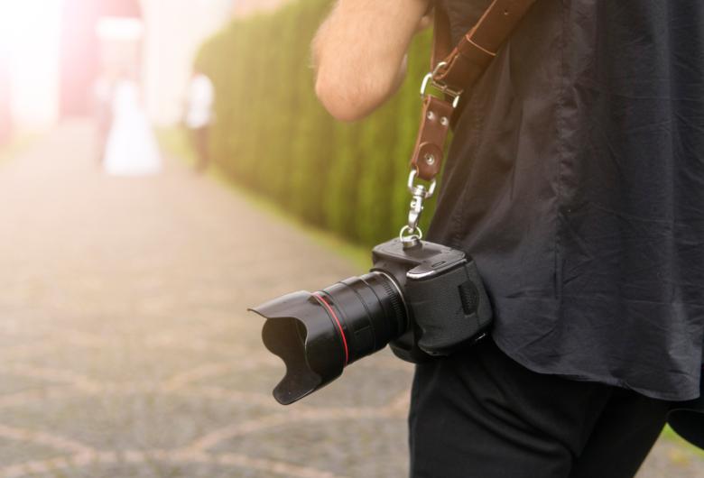 Empresa de estúdio fotográfico é condenada por cobrança indevida