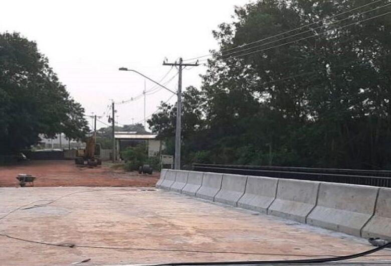 """Naviraí recebe duas pontes de concreto solicitadas durante programa """"Governo Presente"""""""
