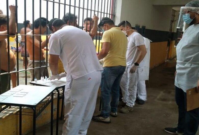 Médicos sem Fronteiras reforça ações de combate à Covid-19 em presídio de Corumbá