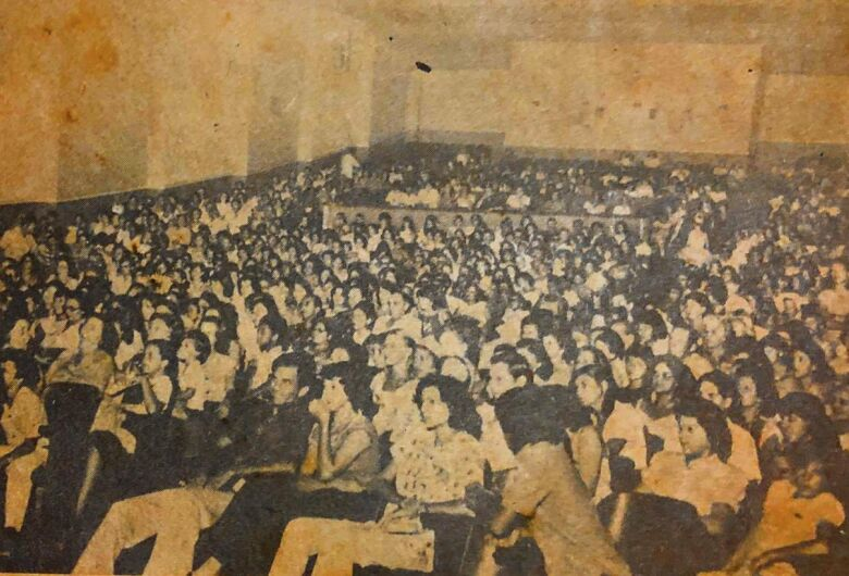 Cine Ouro Verde também sediou shows e festivais