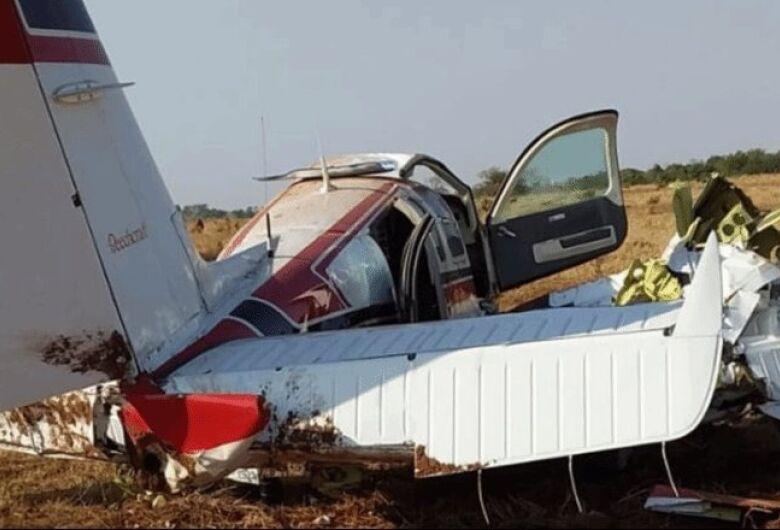 Avião pilotado por médico cai em fazenda de MS