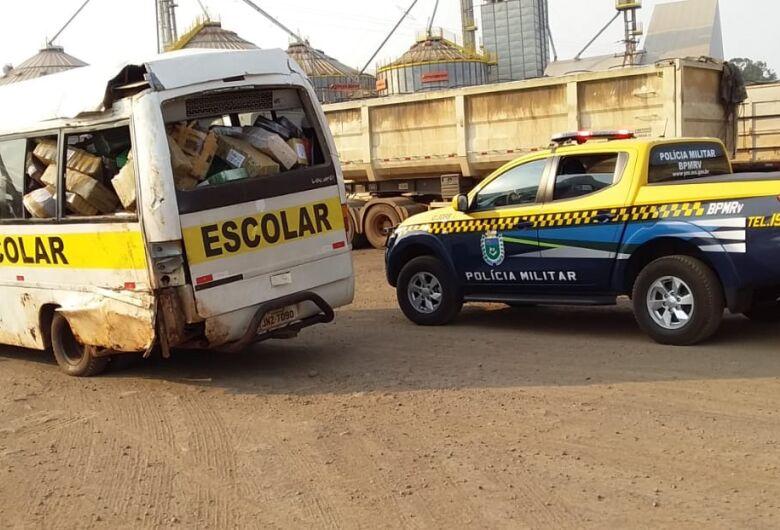 Polícia apreende micro ônibus escolar carregado de maconha na região de Dourados