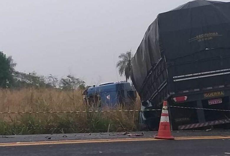 Rodovias federais registraram 32 feridos e 4 mortes no feriado