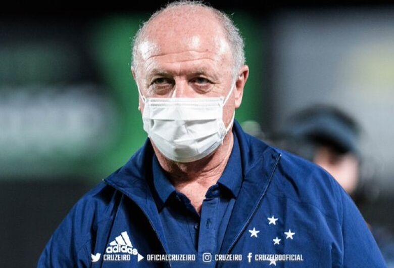 Série B: Felipão estreia com vitória no Cruzeiro