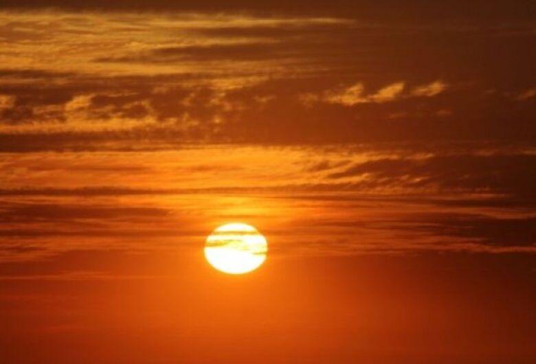 Sol forte e tempo seco ainda predominam sobre MS nesta quinta-feira