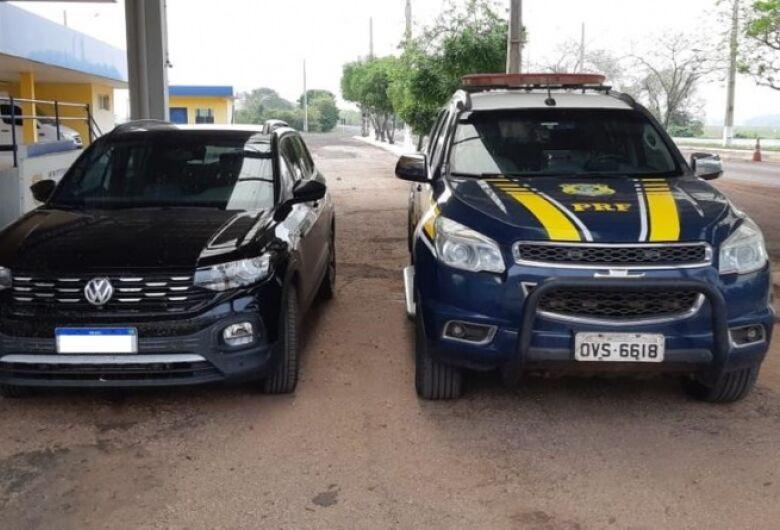 Em ação conjunta com a Polícia Civil, PRF desmantela quadrilha que transportava veículos para Bolívia