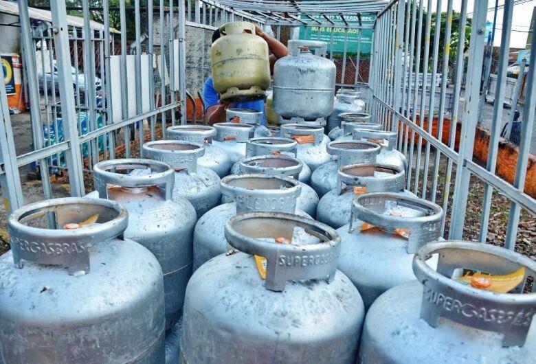 Preço do botijão de gás chega a R$ 85 em Dourados