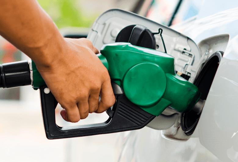 Litro da gasolina tem variação de 13% em Dourados, diz Procon