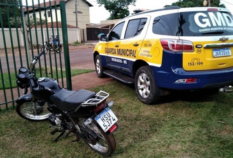 Jovem é preso com moto furtada em Dourados