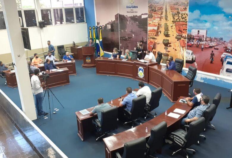 Alan Guedes reúne vereadores eleitos na Câmara de Dourados