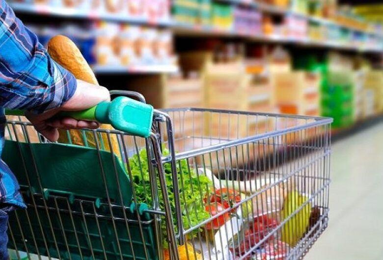 Nova pesquisa do Procon registra diferença de 234,45% em produto da cesta básica