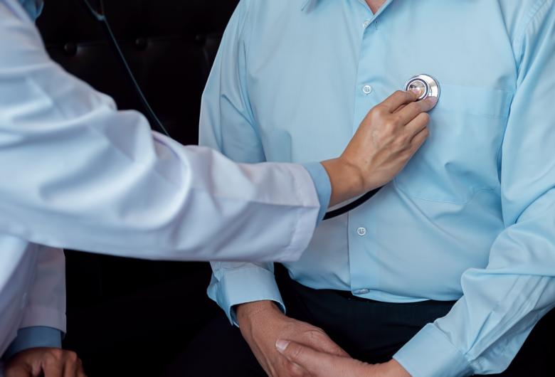 Em vídeos, especialistas incentivam homens a cuidarem mais da saúde