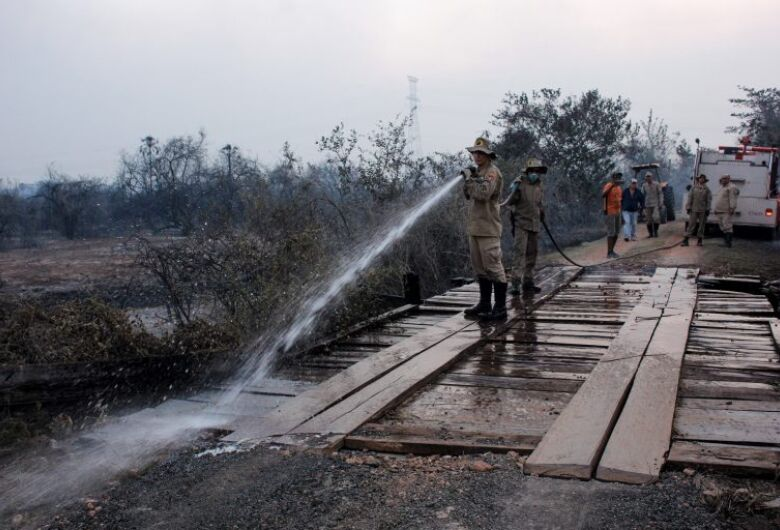 Pontes destruídas no Pantanal serão substituídas por pontes de concreto
