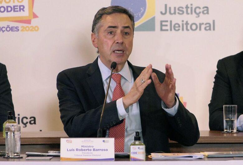 Eleição foi rápida e segura e combatemos fake news, diz presidente do TSE