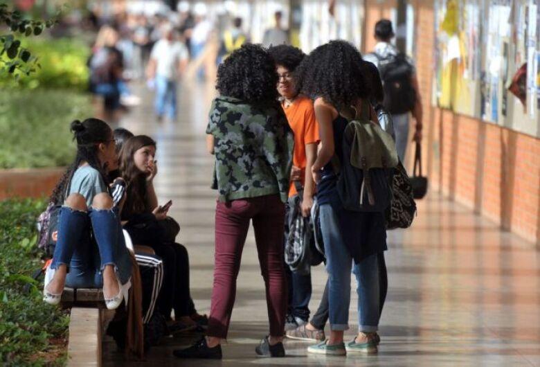 Relatório aponta corte em verbas federais para combate ao racismo