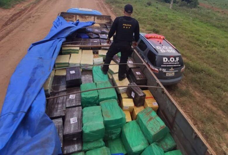 Caminhão é apreendido com mais de 8 toneladas de maconha