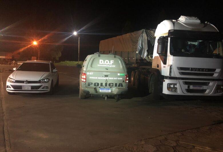 Caminhão que seguia para São Paulo com mais de 700 quilos de maconha foi apreendido pelo DOF