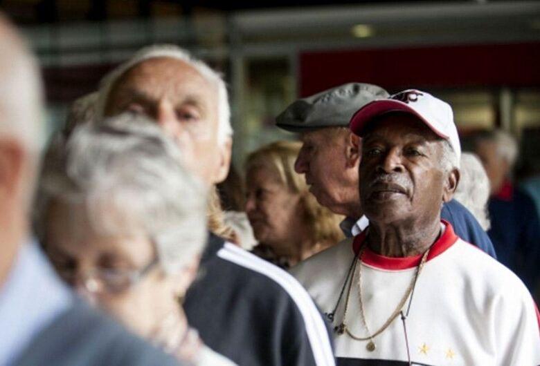Maioria apoia 14º salário emergencial para aposentados, aponta DataSenado