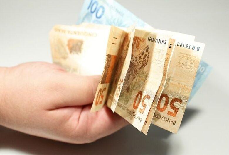 Com gestão eficiente, Governo paga 13° salário dos servidores nesta terça-feira