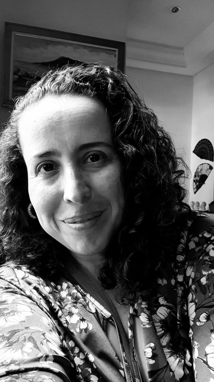 Janice Linhares -