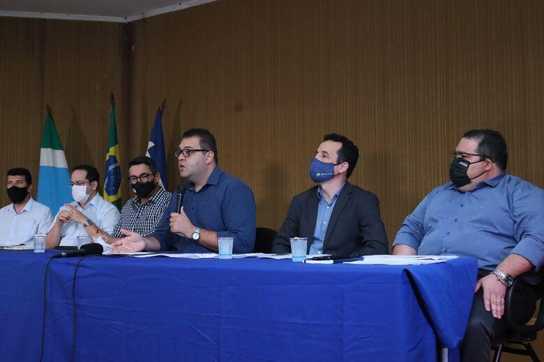 Alan Guedes anuncia corte de comissionados e suspensão de pagamentos para 'sair do vermelho' - Crédito: A. Frota